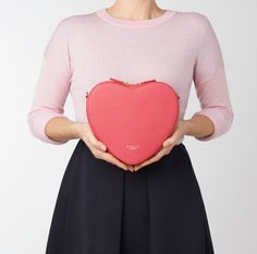 An exclusively designed bold heart shaped bag designed to make you smile. Radley is proud to be supporting the British Heart Foundation in its fight for every heartbeat. All profits from this limited edition bag will be donated to the BHF. Pippa Middleton Style, Radley, Heart Beat, Handbags Online, Leather Fabric, In A Heartbeat, Designer Handbags, Foundation, British