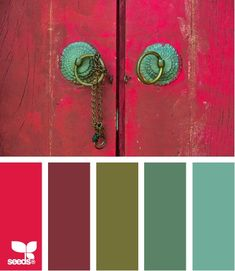 Living room color combo: Gray, Seaglass Green, Faded Turquoise, Dark Grey, Rusty Red.