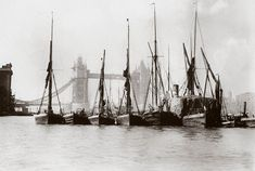 Boats on the Thames at Tower Bridge, London, c Gale Victorian London, Vintage London, Old London, London City, London Photos, London Pictures, London Docklands, East End London, Tower Bridge London