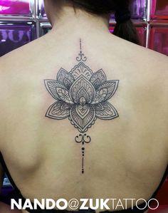 lotusbl ten tattoo r cken google suche tatted pinterest tattoo r cken tattoo ideen und. Black Bedroom Furniture Sets. Home Design Ideas