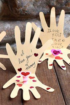 Kissing Hands DIY Cardwomansday