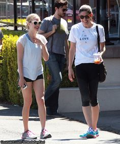 Gym bunnies: Amanda Seyfried slips into hot-pants and a baggy T-shirt to work out with best friend Jennifer Carpenter READ MORE.... http://www.unomatch.com/amandaseyfried/  #AMANDASEYFRIED #HOLLYWOOD #CELEBRITY #GOSSIP #UNOMATCH #MODELS #ACTRESS
