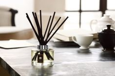 Discover Jo Malone London's For the Home Collection. Any room, any occasion, can be transformed when it's styled with the scent of Jo Malone London candles, room sprays, diffusers and linen sprays. Feng Shui, Joe Malone, Living Room Plan, Room Diffuser, Lime And Basil, Room London, Linen Spray, Home Scents, Beautiful Gifts
