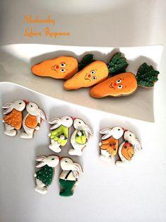 Veľkonočné , Veľkonočné medovníky| Medovniky.Artmama.sk Easter Eggs, Easter Food, Spice Cookies, Baby Shower Cookies, Easter Cookies, Easter Recipes, Sugar And Spice, Biscotti, Cookie Decorating