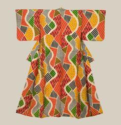 A silk meisen kimono with an abstract design.  Mid-Showa Era (1940-1960), Japan.  The Kimono Gallery