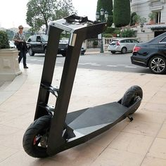 Moneghette urban electric scooter for two Scooter 50cc, Kick Scooter, Scooter Design, Bike Design, Electric Scooter, Electric Cars, Urban Electric, Scooter Custom, Scooters For Sale