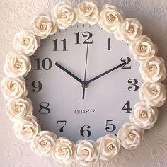 moldura de flores para o relógio de parede