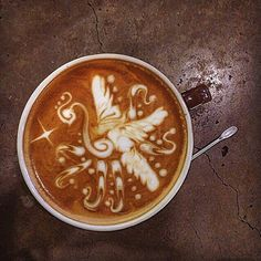 Un café que desborde creatividad imaginación y muchas ganas de hacer sueños realidad.  Comparte tus experiencias tu visión desarrolla ideas llevándolas a cabo desde su concepción siempre creyendo en ti.  Vive la emoción y el honor de ser de esos emprendedores que le están dando el apoyo a nuestra bella patria.  Siéntete orgulloso de ser parte de la historia positiva que viene sembrando semillas de esperanza para convertirse en raíces de una base estructural fuerte que ha crecido en medio de…