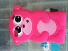 This is a cute pink monkey animal case that is found at a local Justice near you. I found it for $11.00!! This is for the iPod 4