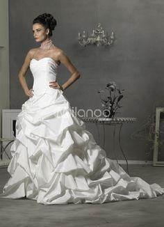 ball gown strapless white wedding dress