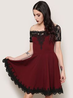 I normally avoid colors... But I'm also obsessed with lace. Goth.so pretty