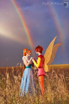 ♫ After the rain goes, there are rainbows. I'll find my rainbow soon.♫ (Thumbelina cosplay by Ryoko and Rei)
