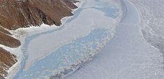 La capa de hielo de Groenlandia es la segunda mayor masa de hielo en la Tierra, cubriendo un área de aproximadamente cinco veces el tamaño de Alemania.
