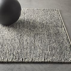 Loomis Black and White Loop Rug |