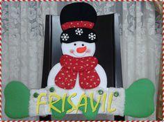 CUBRESILLA NAVIDEÑO Christmas Stockings, Holiday Decor, Home Decor, Embellishments, Covering Chairs, Decorated Chairs, Chair Covers, Holiday Ornaments, Christmas Cushions