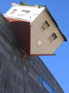 Erwin Wurm House Attack in Vienna, Austria St Louis City Museum, Gangnam District, Scary Houses, Unusual Buildings, Unusual Homes, Tiny House Movement, Texas Homes, Stone Houses, Urban Planning