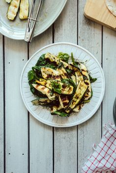 chargrilled zucchini and haloumi salad
