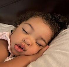 Cute Mixed Babies, Cute Black Babies, Beautiful Black Babies, Cute Little Baby, Pretty Baby, Cute Baby Girl, Beautiful Children, Baby Girl Newborn, Little Babies