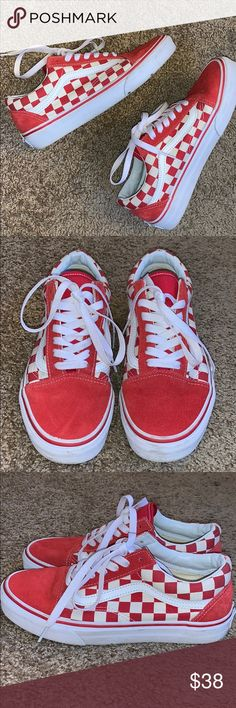1a8845aff9 Vans checkered old schools (red) Great condition No stains or tears Laces  still white
