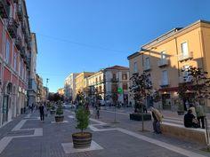 Corso Mazzini, isola pedonale e sede del MAB. Street View, Shopping