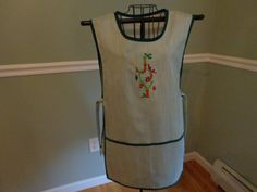Over your Head Apron  Christmas  Xmas  JOY  by MariesClassicHome