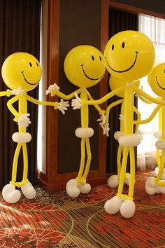 Need a happy smiley face to cheer you up today? Here are a bunch! Get ready for lots of balloons and lots of smiles at the World Balloon Convention! - Decoration For Home Balloon Crafts, Balloon Decorations Party, Birthday Decorations, Party Themes, Ideas Party, Happy Smiley Face, Smiley Faces, Baloon Art, Deco Ballon