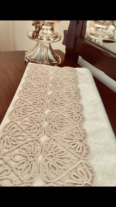 Crochet Lace Edging, Crochet Doily Patterns, Irish Crochet, Crochet Doilies, Crochet Stitches, Christmas Embroidery Patterns, Embroidery Patterns Free, Hardanger Embroidery, Ribbon Embroidery