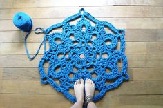 tapetes napperon. crochet com trapilho