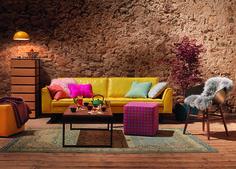 HOUSTON Sofa mit DON Kommode, JOHNNY Hocker und MAYA Stuhl