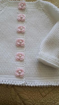 """Diy Crafts - nice way to decorate a button band """"This post was discovered by Sil"""" Baby Sweater Knitting Pattern, Knitted Baby Cardigan, Baby Knitting Patterns, Baby Patterns, Crochet Patterns, Diy Crafts Knitting, Knitting For Kids, Hand Knitting, Crochet Baby"""
