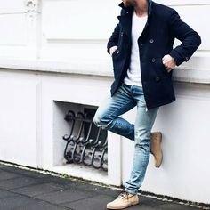"@thatguyfromdowntown on Instagram: ""By: @magic_fox _____ Simple yet effective _____ #streets#simplicity#menscasual#mensfashion#fashion#fashionkiller#dapper#fashionista#dreambig#fashiondiaries#streetfashion#urbanfashion#lookbook#l4l#lfl#outfitoftheday#instagood#instafashion#fashionblogger#instadaily#instablogger#styleguide#styleblog"""
