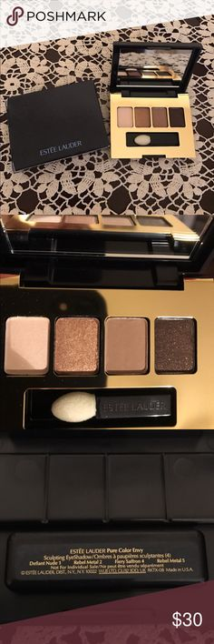👁 Estée Lauder Mini Eyeshadow Quad 👁 NWOT Estée Lauder Mini Eyeshadow Quad. Neutral colors. New, never used. Perfect for travel. Estee Lauder Makeup Eyeshadow