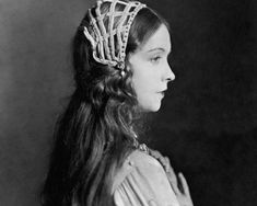1920s long hair on pinterest 1950s fashion hairstyles and dresses hair and hairstyles on pinterest