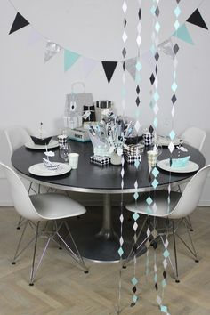 Party Hacks, Party Ideas, I Party, Table Settings, Dining Table, Table Decorations, Inspiration, Furniture, Home Decor