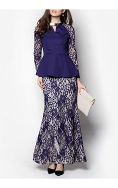 Batik Fashion, Abaya Fashion, Muslim Fashion, Fashion Dresses, Batik Dress, Lace Dress, Pretty Dresses, Beautiful Dresses, Dress Brokat