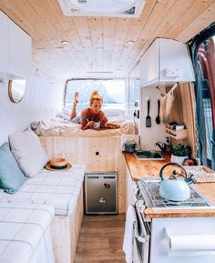 Home is where you park it! Tiny House Movement // Tiny Living // Tiny House on Wheels // Van Life Movement // Van Life // Tiny Home // Architecture // Home Decor Kombi Trailer, Kombi Home, Camper Kitchen, Camper Bathroom, Van Home, Van Interior, Interior Ideas, Camper Interior, Interior Design