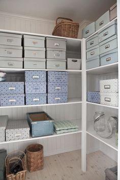 Ideas para ordenar el trastero. www.todokb.com Alquiler temporal de trasteros y almacenes en Pamplona. Módulos privados de distintos tamaños tanto para particulares como para profesionales.