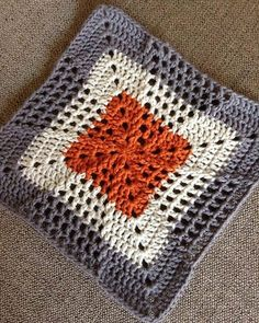 Motifs Granny Square, Crochet Blocks, Granny Square Crochet Pattern, Crochet Squares, Crochet Motif, Crochet Designs, Crochet Yarn, Crochet Stitches, Granny Squares