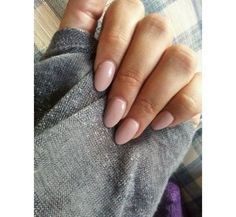 Nude nails ❤