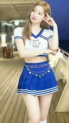 Twice – Dahyun – Kpop Fap Korean Beauty Girls, Korean Girl, Asian Beauty, Girls In Mini Skirts, Twice Dahyun, Cute Japanese Girl, Girl Fashion, Fashion Outfits, Cute Asian Girls