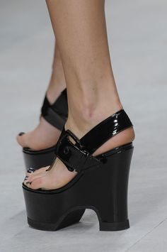 Carven. Adorable sandals. Love these.