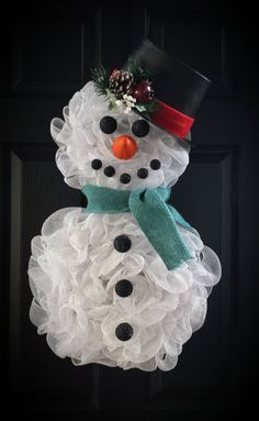 Deco Mesh Snowman Wreath with Hat and Scarf