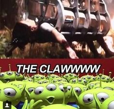 Lol haha funny pics / pictures / Toy Story / Hunger Games Humor / Catching Fire / Katniss / Disney Humor / Jokes / THE CLAW! Why is this funny. Hunger Games Memes, Hunger Games Fandom, The Hunger Games, Hunger Games Catching Fire, Hunger Games Trilogy, Catching Fire Funny, William Faulkner, Katniss Everdeen, Percy Jackson
