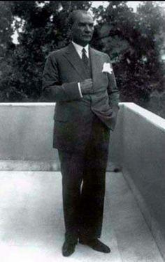 Yegane Başkomutanım
