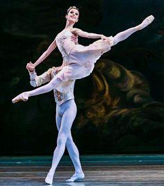 Maria Khoreva against Philipp Stepin in The Midsummer Night's Dream Ballet Images, Ballet Pictures, Dance Pictures, Ballet Art, Ballet Class, Ballet Dancers, Famous Dancers, Dance It Out, Dance Poses
