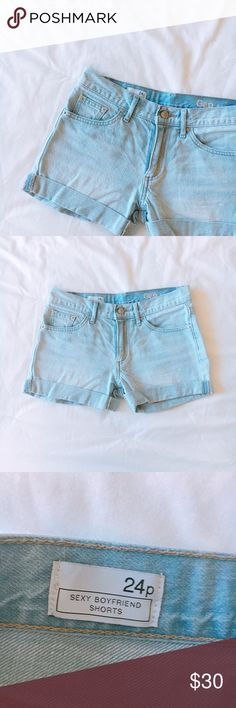 """Jean Shorts +measurements 3"""" inseam when rolled, 14"""" waist (across, laying flat)  +product info Sexy boyfriend shorts in light wash perfect for summer. Can be unrolled for longer length.   +composition 100% Cotton  + condition  Never worn. New, without tags. GAP Shorts Jean Shorts"""