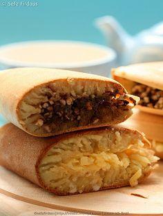 Dessert --- Martabak Manis/Terang Bulan --- Sweet and Thick Pancakes (Indonesian Style)