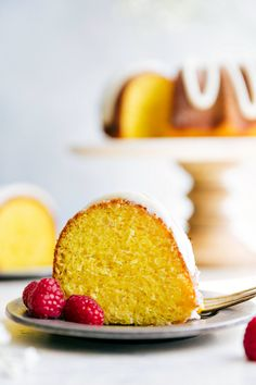 Best Lemon Bundt Cak