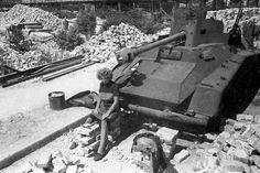 (3) Historische Bilder einer zerstörten Stadt: Berlin in den Jahren 1945 und 1946 - Bildergalerien - Mediacenter - Tagesspiegel