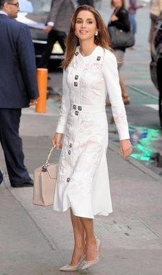 Rania de Jordania una de las más elegantes.. - Contenido seleccionado con la ayuda de http://r4s.to/r4s